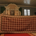 Krustdūrienā izšūtā Turaidas baznīcas altāra grīdas sega