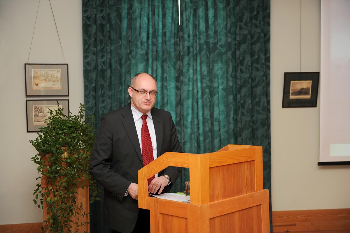 Gvido Straube, LU Vēstures un filozofijas fakultātes profesors