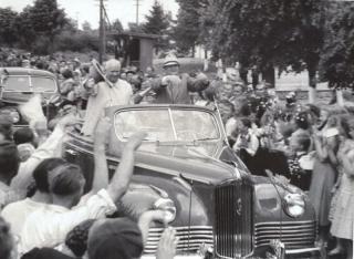 Ņ. Hruščovs apsveic Siguldas darbaļaudis 1959. gada 15. jūnijā