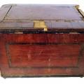 Meldera amata lāde SM 743 un Rokdarbu galdiņš TMR 19653 pirms restaurācijas, restaurācijas procesā un pēc restaurācijas