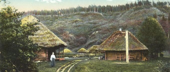 Kalna Klaukas ap 1910. gadu. Kolorēta pastkarte no Turaidas muzejrezervāta krājuma
