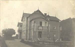 """Lejas Klauku pansija """"Villa Franc"""" ap 1912. gadu. Pastkarte Foto no E. Jemeljanova kolekcijas"""