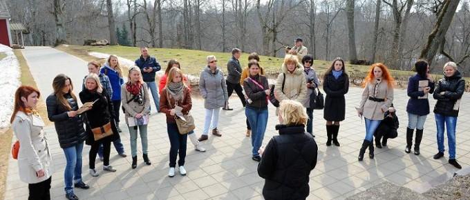 Pleskavas tūrisma nozares pārstāvju vizīte Turaidā. 17.04.2013.