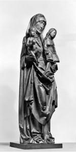 """Vēlās gotikas kokskulptūra """"Svētā Anna trijatā"""", ap 1510.g. izgatavojis vācu tēlnieks Tīlmans Rīmenšneiders. Glabājas Voltersa mākslas muzejā Baltimorā. Attēls no: http://art.thewalters.org"""