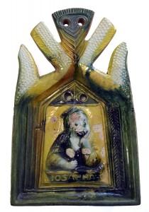 Vainagojošais podiņš – vīrieša pusfigūra bruņutērpā ar parakstu IOSAPHAT. 16. gadsimta otrā trešdaļa. Restaurējusi keramikas restauratore vecmeistare Daiga Aže