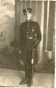 Eduards Stauvers, Latvijas Kara skolu beidzot