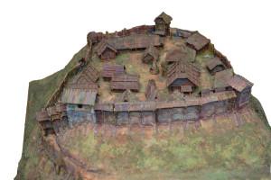 Sateseles pils makets. Izgatavojis A. Gusārs, E. Brastiņa pilskalnu apzināšanas ekspedīcijas dalībnieks