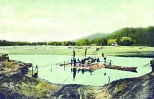 Pārceltuve pār Gauju no Krimuldas puses. Pastkarte, 20. gadsimta sākums