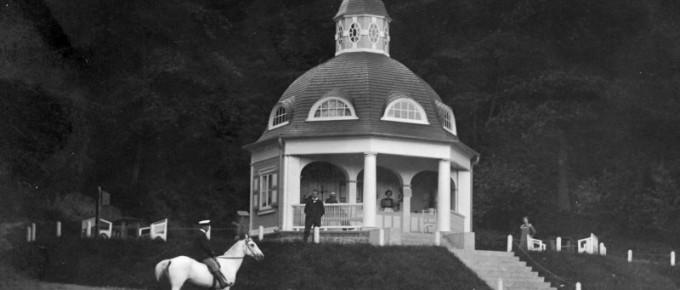 Turaidas-muižas-piena-paviljons.-20.-gadsimta-sākums.-Pastkarte.-TMR-16677