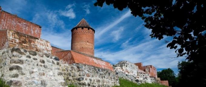 Turaidas-mūra-pils-galvenais-tornis